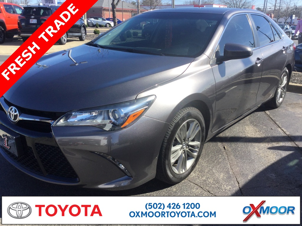 Oxmoor Toyota Service >> Pre Owned 2016 Toyota Camry Se